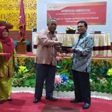 """Studium General """"Revolusi Industri 4.0 – Tantangan dan Peluang bagi Civitas Akademika UIN Imam Bonjol Padang"""""""